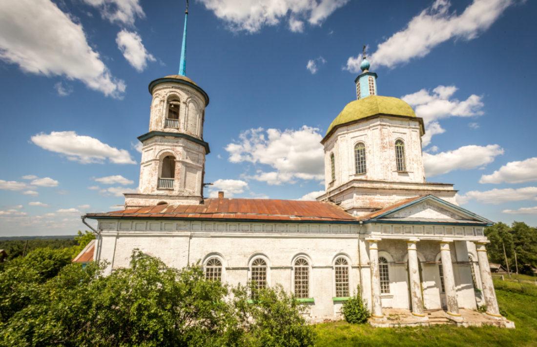 Храм Успения Божией Матери с. Короленко Кизнерского района
